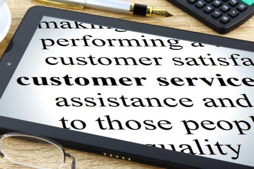 Courses in customer care, customer relations and service