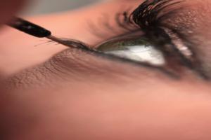 Conquer A Semi-Permanent Makeup Course